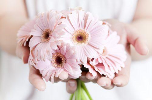 rom hand bouquet singapore